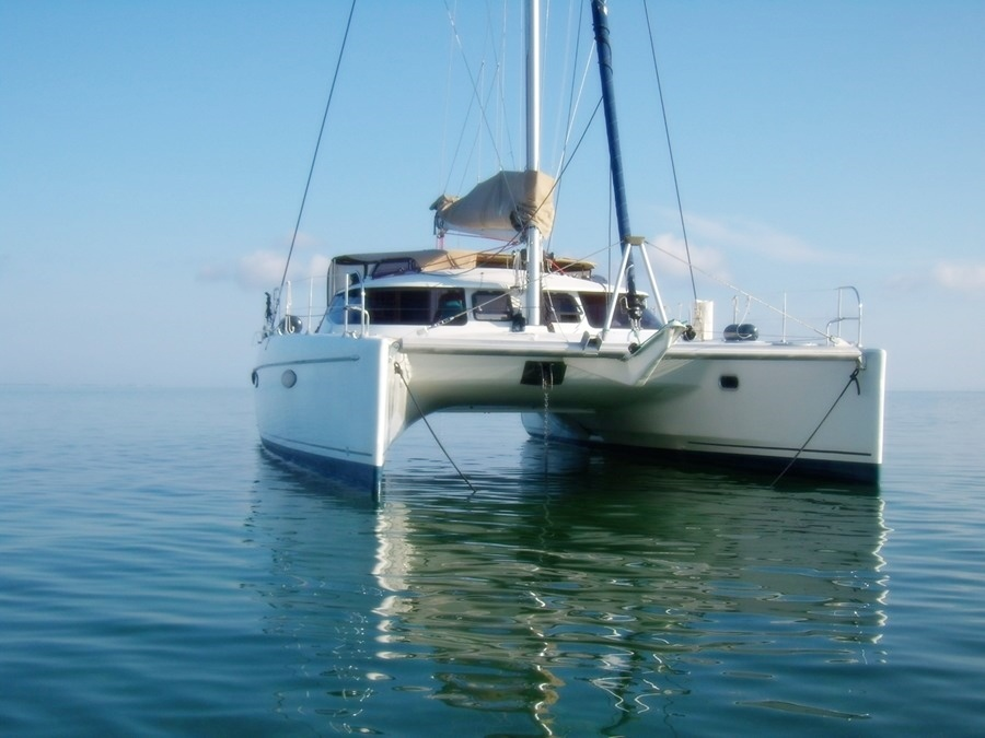 Balade nautique en catamaran ou promenade en bateau