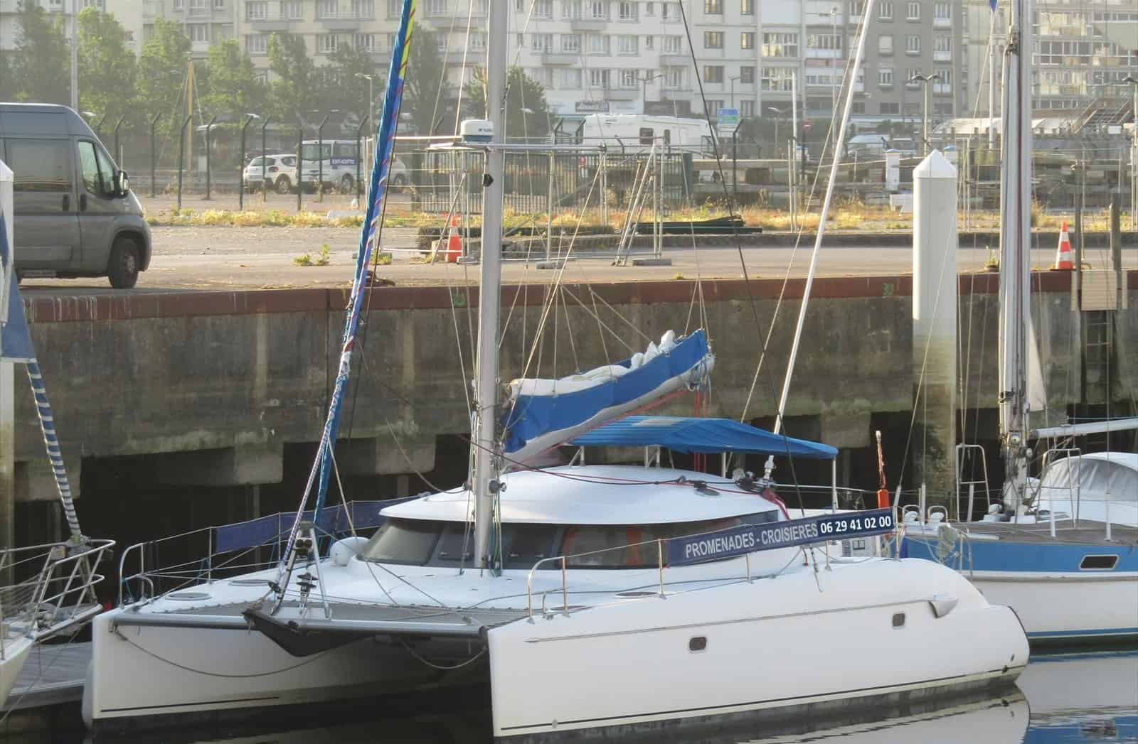 Catamaran L
